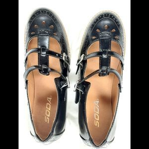 SODA Black Patent Leather flats with Straps-6